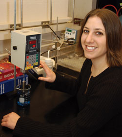 Science and Engineering Scholars conduct food science research.