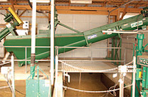 The sand/manure separation unit separates manure removed from the barnyard into three components: sand (from the freestall bedding), organic matter, and liquid.