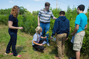Students participating in the Summer STEM program learned about plant diversity on UD's CANR campus